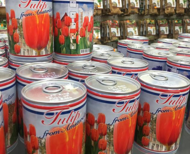Canned tulips deliver a taste of Amsterdam to take home.