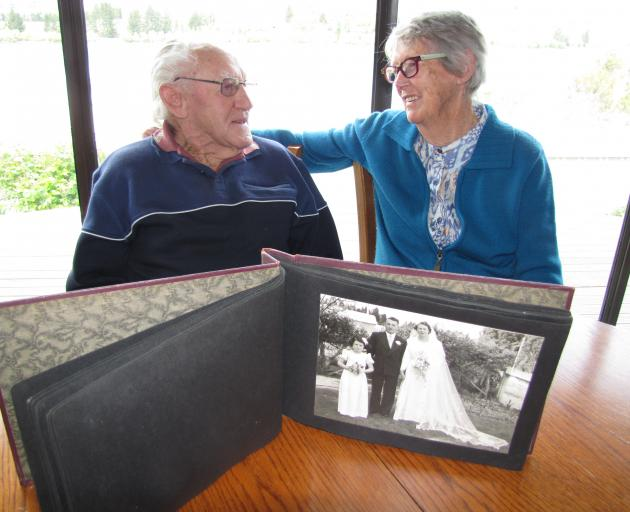 Lindsay and Heather Crabbe are going strong after 65 years of marriage. Photo: Jono Edwards