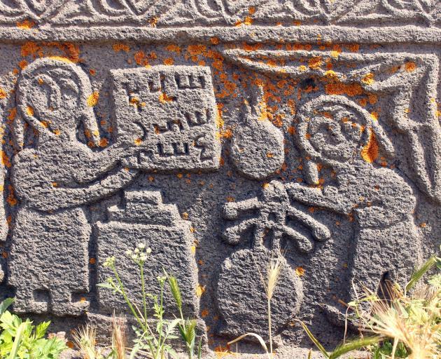 亚美尼亚的中世纪教堂装饰华丽,配有石雕。