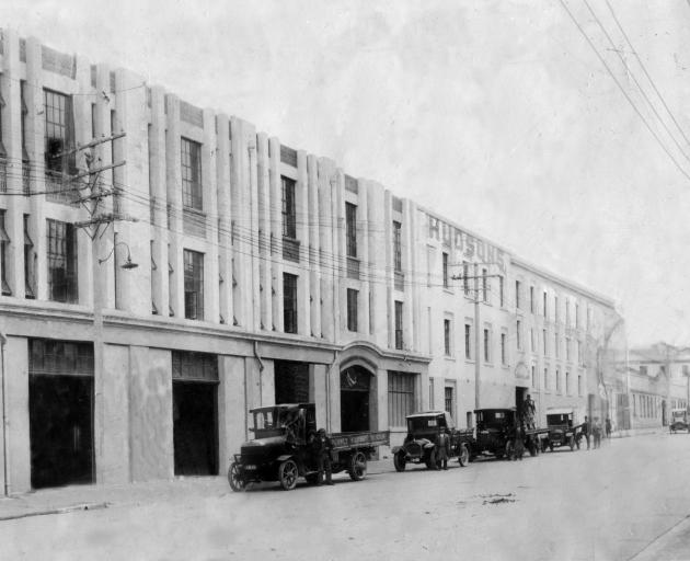 A mid to late-1920s photograph of the R Hudsons and Co factory frontage in Cumberland St, Dunedin.