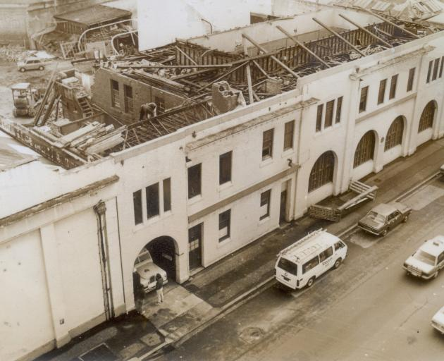 The Cadbury building on the western side of Cumberland St, which included the second storey flat...