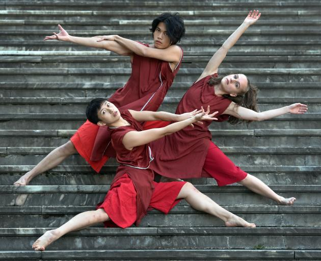 Dancers from Footnote New Zealand Dance and Guangdong Modern Dance Company (from left) Christy...