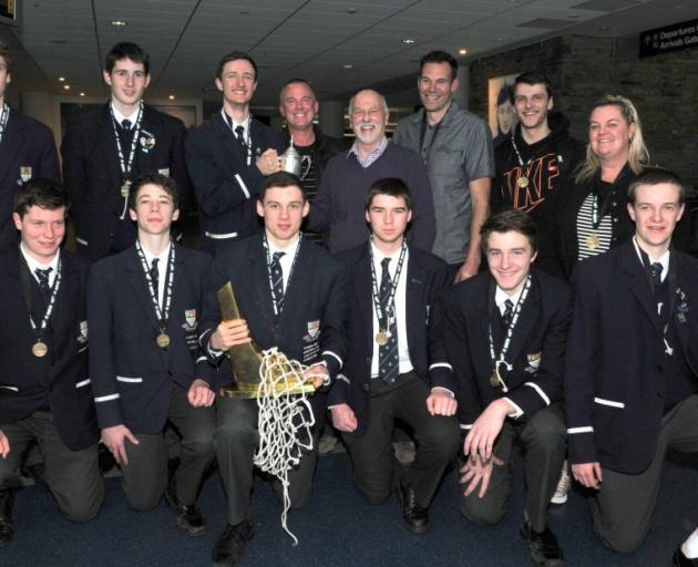Celebrating Otago Boys' High School's NZ secondary schools basketball title win are (front row) Matt Dukes (16), Benoit Hayman (17), Josh Petermann (17), Scott Adler (18), Paden Kennedy (16),  Jamie MacDonald (16), (back row) Hamish Fitchett (18), Aaron R