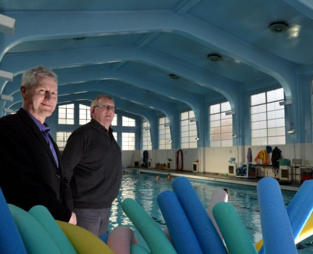 Otago Therapeutic Pool Trust secretary-treasurer Neville Martin (left) and Bendigo Valley Sports and Charity Foundation trustee Michael Brosnan hope a $50,000 grant could yet lead to a reprieve for the Dunedin physio pool, which is due to close in Decembe