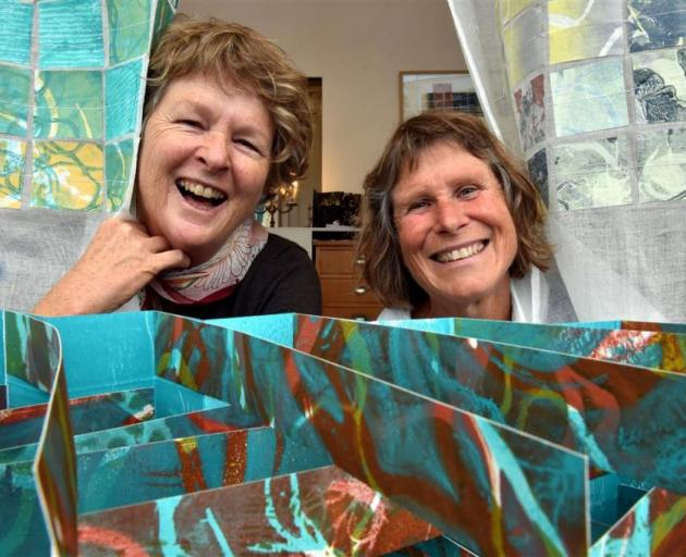Pip Marshman (left) and Karin Tierney have found artistic inspiration in coastal environments. Photo: Gregor Richardson