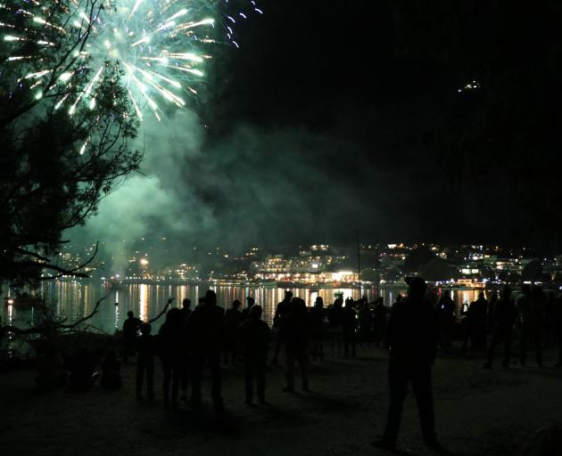 The Queenstown New Year's Eve 2019 fireworks seen from Queenstown beach. Photo: Paul Taylor