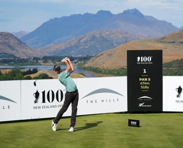 澳大利亚人Geoff Ogilvy昨天为了迎接第100届新赛事而进入了局面。
