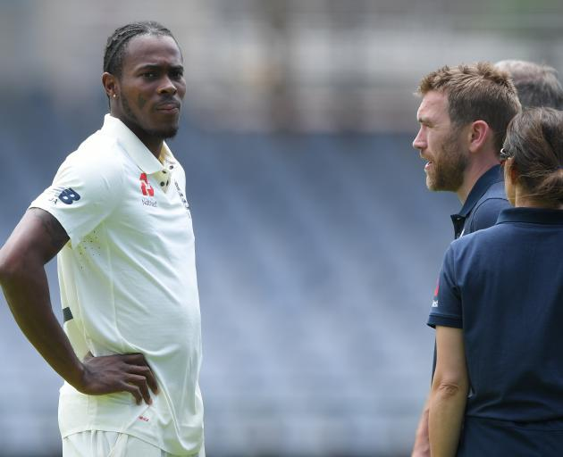 Jofra Archer speaking with England team management after the incident. Photo: Getty Images