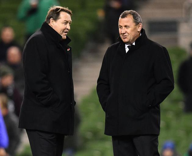 Steve Hansen (left) with Ian Foster. Photo: Getty Images