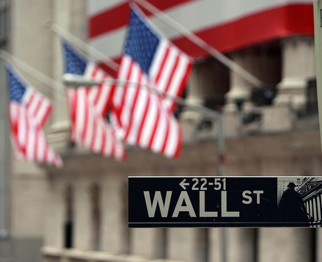 US stocks fell about 3% and major indices in Europe were down 2%. Photo: Getty Images