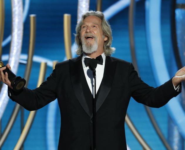 Jeff Bridges接受Cecil B. deMille奖。照片:NBC Universal来自路透社