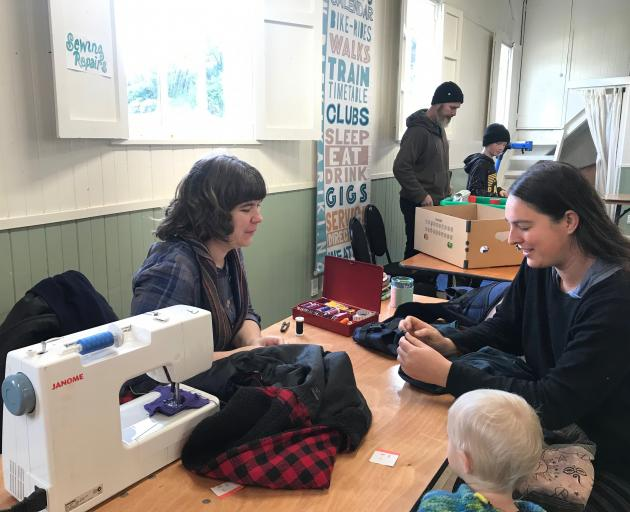 The sewing station at the Paekakariki repair cafe.