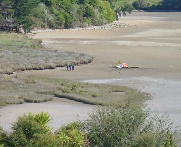 Emergency workers at the crash site this afternoon. Photo: RNZ