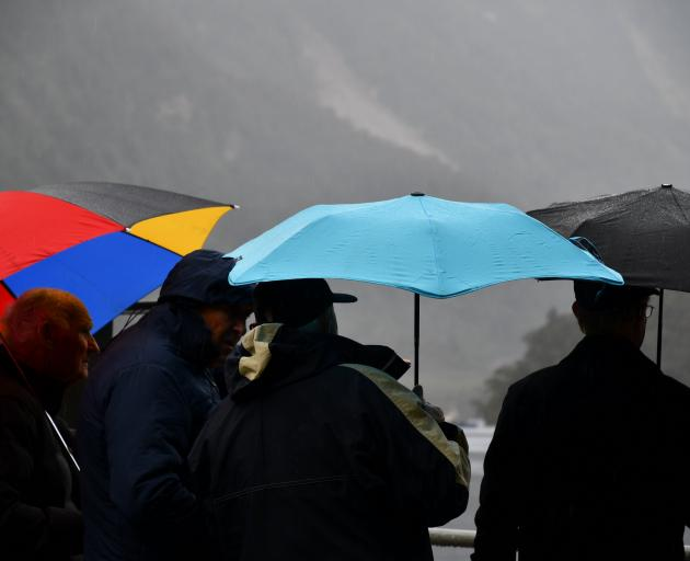 Average annual rainfall at Lake Manapouri's Western Arm is very high, approximately 3000mm.