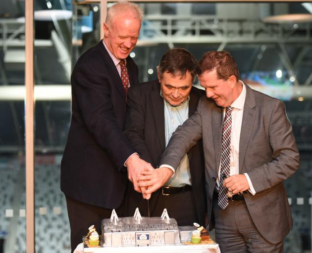 Forsyth Barr deputy chairman Michael Sidey (left), Dunedin Mayor Dave Cull and DVML chief...
