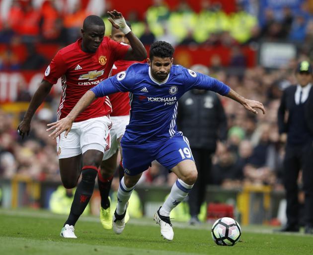 Chelsea beat Tottenham 4-2 to reach FA Cup final