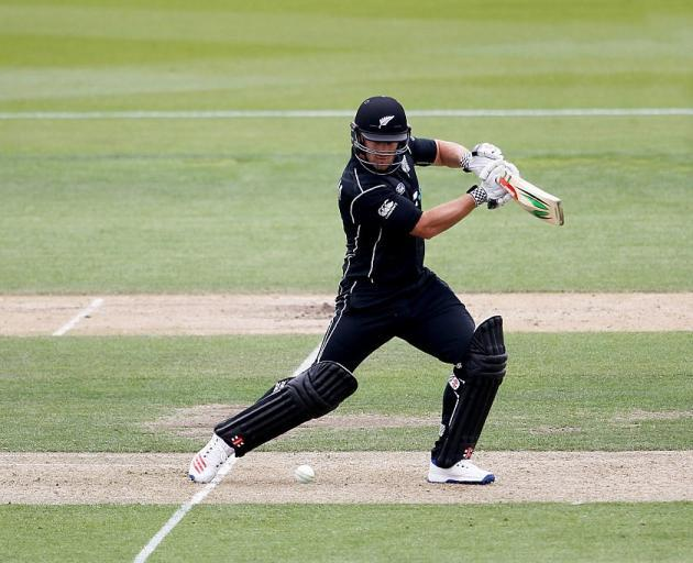 Bracewell misses out on cricket contract