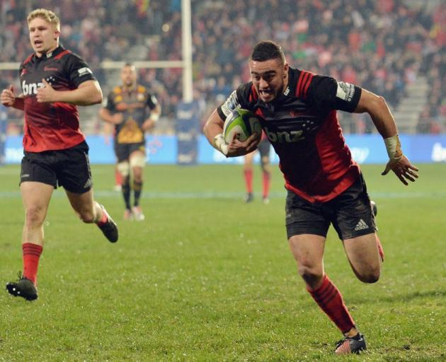 Hurricanes succumb to Lions