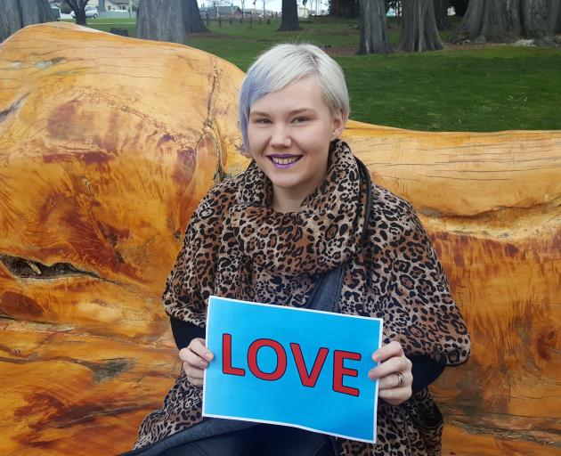 Diana Abercrombie (nee Mockford), formerly of Taieri College, chose ''love'', one of three '07...
