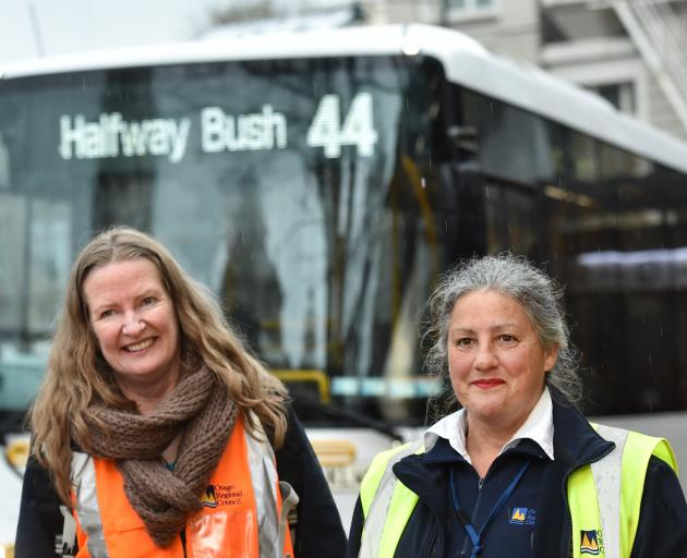 Bus ambassadors Maria Kean (left) and Robbitti Stanley. Photo: Peter McIntosh
