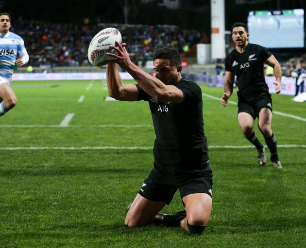 Anton Lienert-Brown of New Zealand scores a try during The Rugby Championship match between the New Zealand All Blacks and Argentina at Yarrow Stadium. Photo:Getty Images
