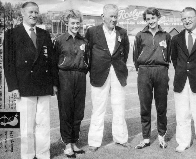 Jimmy Barnes (later Sir James Barnes, mayor of Dunedin), Betty Cuthbert, Jack Mathieson ...
