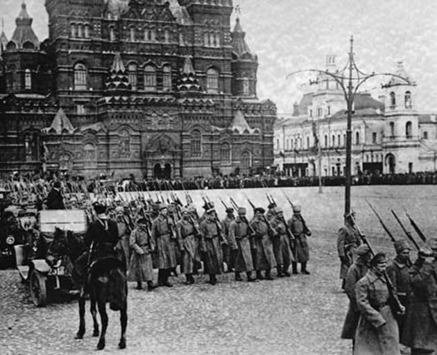 Bolshevik forces marching on  Red Square. Photo: Public Domain
