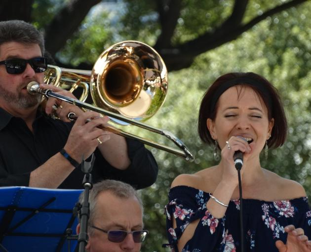 Singer Melita Gizilis and the Queenstown Jazz Orchestra perform Georgia on my Mind at Queenstown...