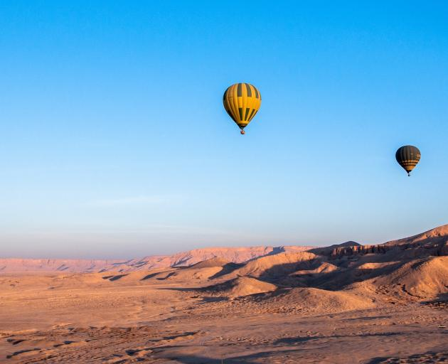 Hot Air Balloon Crash - One South African Dead, Two Injured in Egypt
