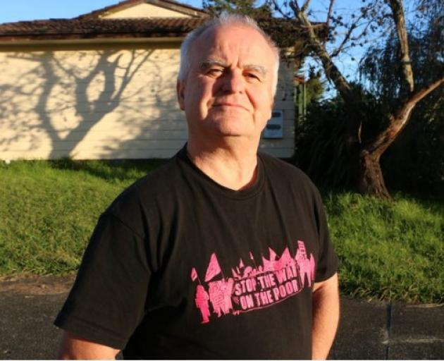 Beneficiary advocate Alastair Russell, from Auckland Action Against Poverty. Photo: RNZ/Eva Corlett