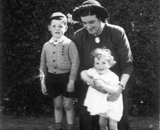 Eion Edgar (left) with his mother Caroline and sister Noela, in 1949. PHOTO: SUPPLIED