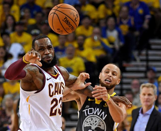 bc400636a2a8 Golden State Warriors guard Stephen Curry (30) and Cleveland Cavaliers  forward LeBron James (