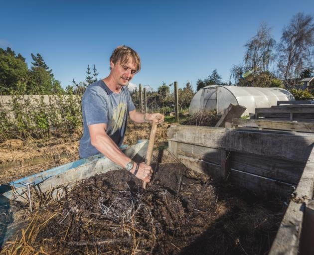 Food and biologically-based materials can regenerate as compost. Photos: Si Williams