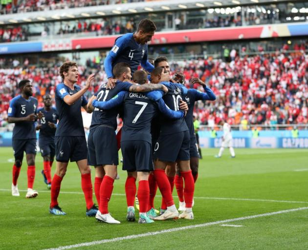 Deschamps not bothered by unconvincing display in win over Peru
