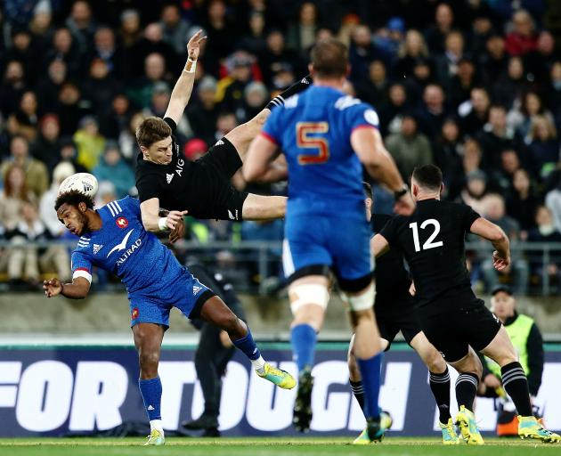 The mid air collision that saw Benjamin Fall red carded and Beauden Barrett off the field injured...