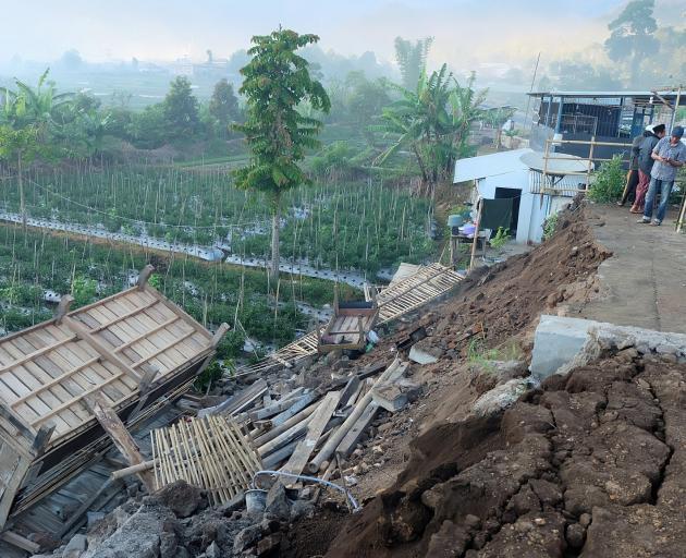 Damage is seen following an earthquake in Lombok. Photo: Lalu Onank via Reuters