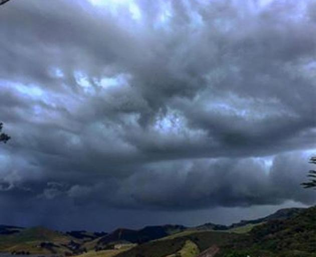 A southerly change and storm rolling in from the ocean over Peggys Hill and Hoopers Inlet on the...