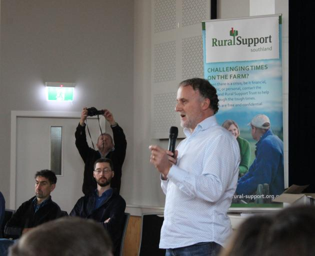 Ministry for Primary Industries (MPI) response director Geoff Gwyn fields questions at the Mycoplasma bovis meeting in Winton recently. Photo: Nicole Sharp