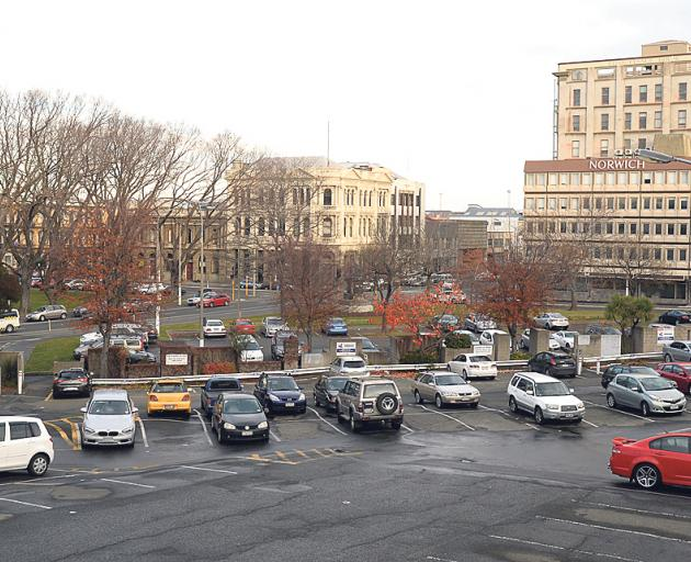 The Dowling St car park. Photo: Linda Robertson