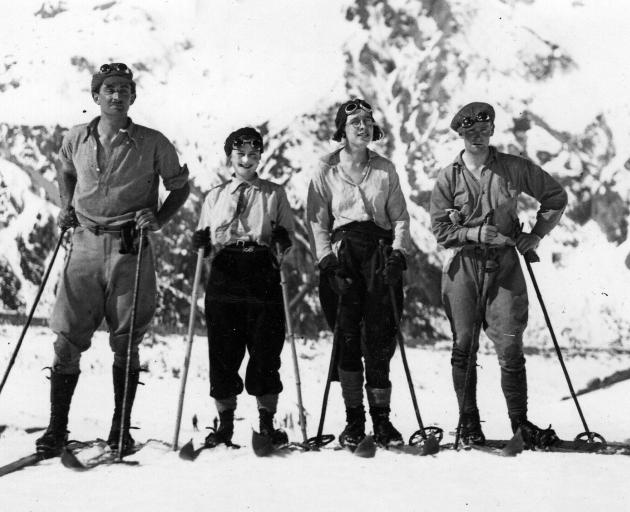 Members of the Otago University ski team 1930, Geoffrey Orbell first on left, Sheila Houston...