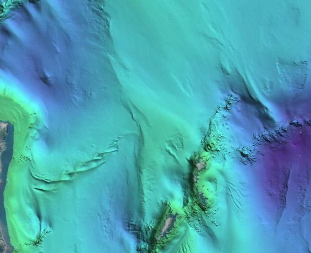 An image of the Cook Strait seabed shows previously unseen structures, a series of sandwaves measuring tens of metres high, and strong currents passing through the strait causing disturbances on the sea surface 80m above. Photo: Suppleid