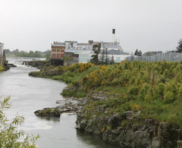 The former Carter Holt Harvey paper mill on the banks of the Mataura River, is now used to store class 6 hazardous substance ouvea premix, a fertiliser precursor. Photo: Margaret Phillips