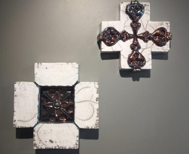 Cross Culture Series Cromwell & Arrowtown, by Lynne Wilson