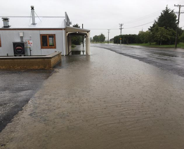 Surface flooding in Middlemarch. Photo: Peter McIntosh