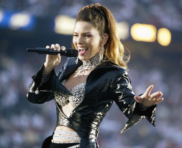 Shania Twain performing at the 2003 Super Bowl halftime show. Photo: Getty Images