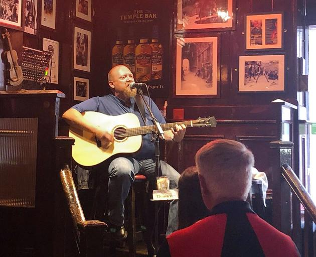 Traditional Irish music in The Temple Bar. Photos: Sarah Vilela da Silva