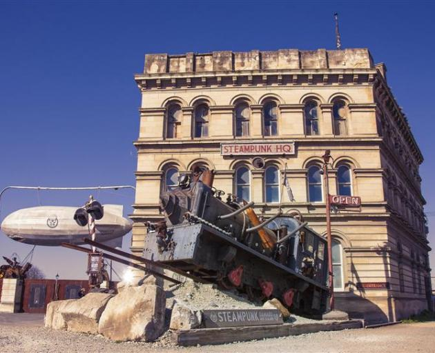 The Steampunk HQ gallery is filled with retro-futuristic sci-fi art, movies, sculpture, light and...