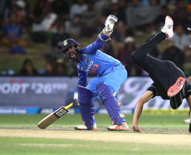 6b6531a0ad2 India smash Black Caps again to take series