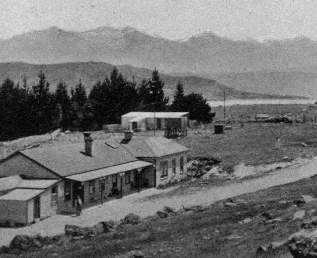 Lake Pukaki, with the Southern Alps in the distance - the junction of the Hermitage and Lake Wakatipu roads. - Otago Witness, 15.1.1919