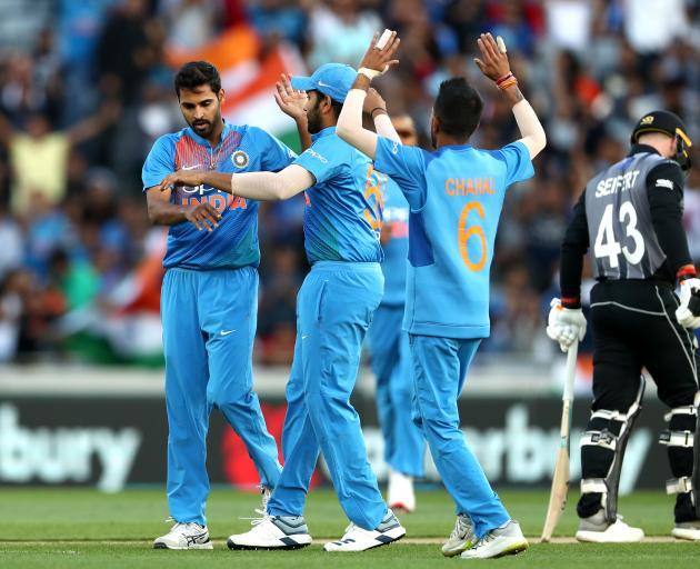 39880d23e53 India levels series as Black Caps fail to fire